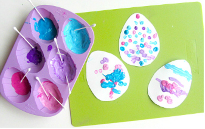 Qtip Egg easter craft